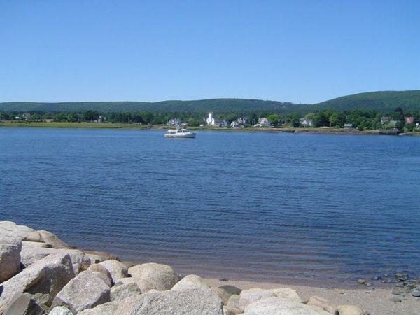 Vue sur la mer depuis Annapolis royal en Nouvelle-Écosse